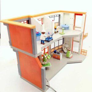 Playmobil dečija bolnica (1)