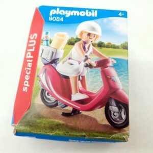 Playmobil set devojčica na skuteru 9084 NOVO (2)