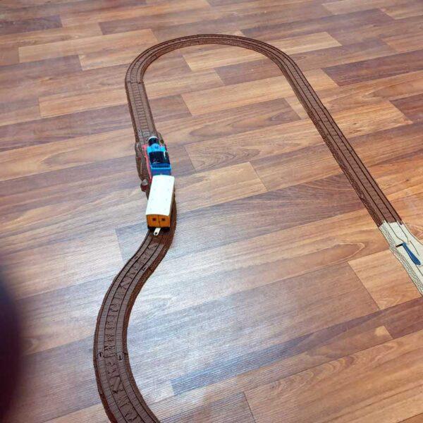 Voz Thomas i prijatelji sa prugom na baterije (3)