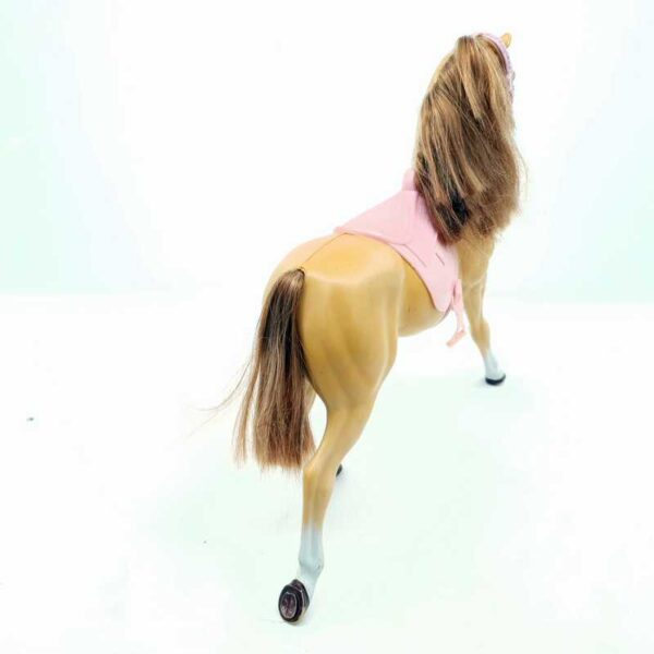 Konj Barbie (1)