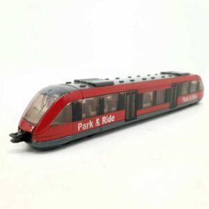 Metalni tramvaj Siku (5)