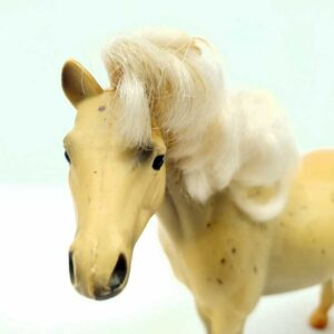 Konj Barbie 20 cm (3)