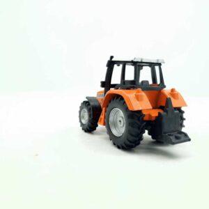 Metalni traktor Dickie (1)
