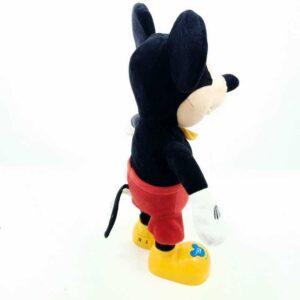 Miki Maus na baterije priča i peva na italijanskom (1)