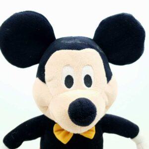 Miki Maus na baterije priča i peva na italijanskom (3)