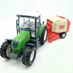 Traktor sa skupljačem sena (4)