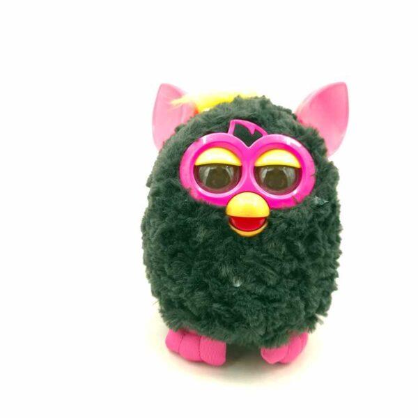 Furby interaktivna igračka (2)
