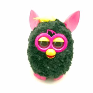 Furby interaktivna igračka (3)