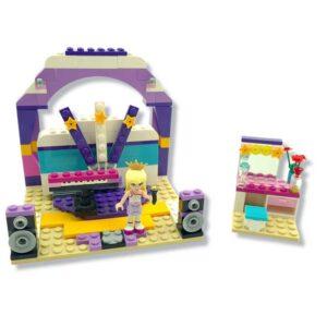 Lego friends set studio (1)