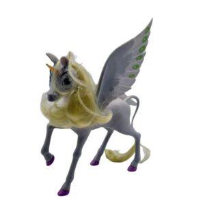 Konj jednorg Oskar Mia i ja (2)