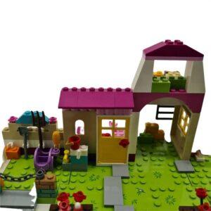 Lego Friends set štala za konje (1)
