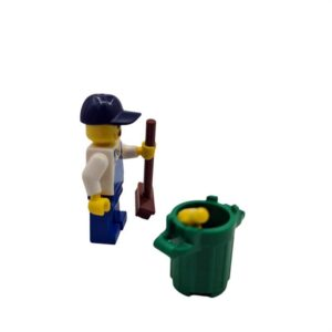 Lego mini set čistač sa kantom na plaži (1)