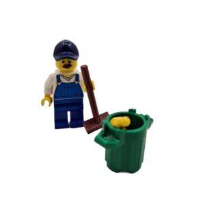 Lego mini set čistač sa kantom na plaži (2)