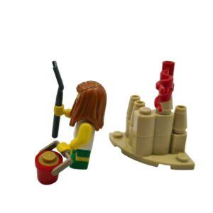 Lego mini set kule u pesku na plaži (1)